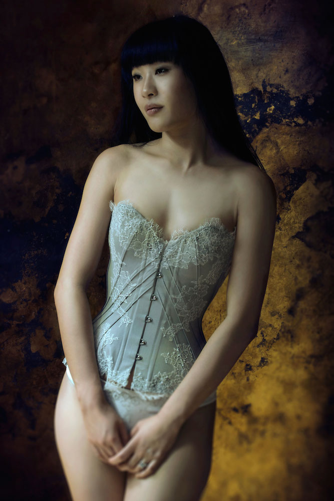 Tingyn in the Soft Dove corset.