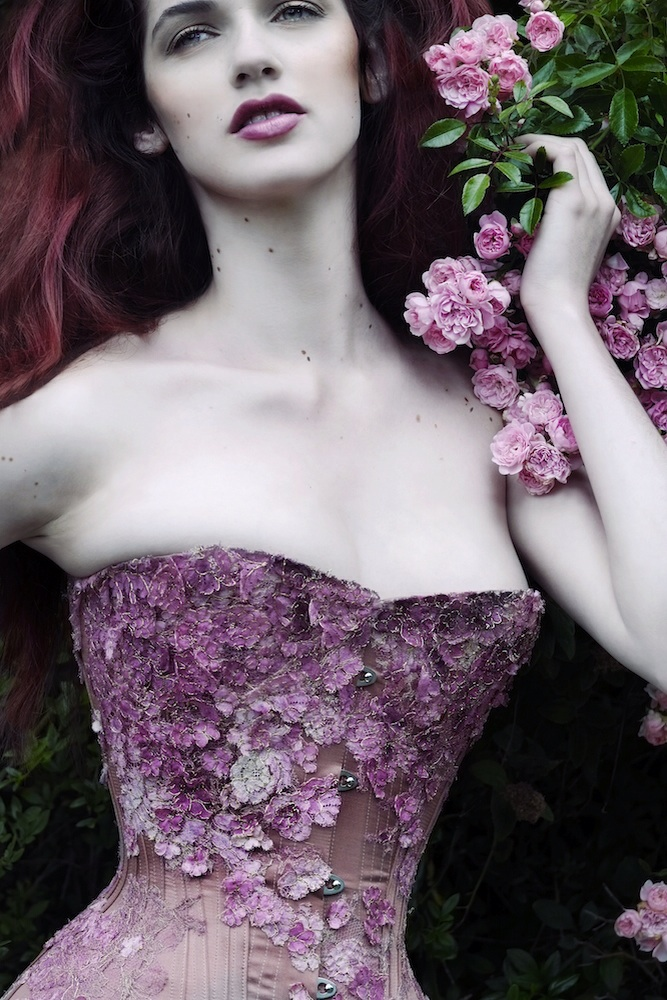 Helen Teiman in the first Falling Blossoms corset. Photograph by Jenni Hampshire, 2015.